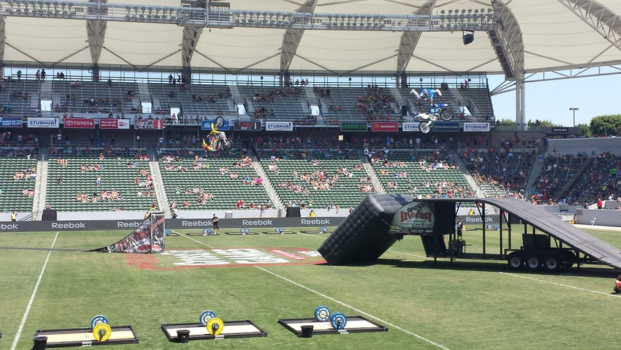 """Freestyle motocross """"half-time"""" show at the CrossFit Games"""